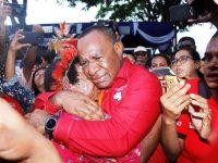 Berkas 'Nyalon' Gubernur Lengkap, JOSHUA Menangis Haru